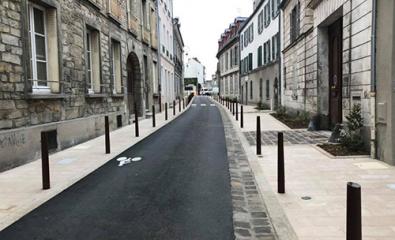 FONTAINEBLEAU (77) - Rue du Chateau